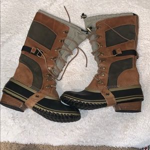 Sorel Conquest Carly Boots size 9.5